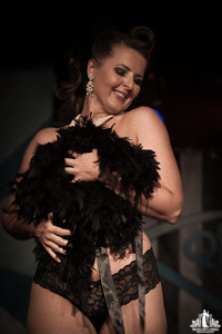 Toronto Burlesque Photographer | Burlesque Photography | Lucky Minx
