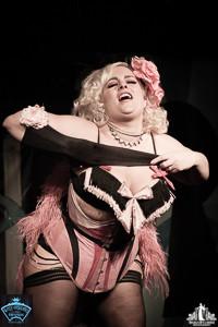 Toronto Burlesque Photographer | Burlesque Photography | DD Starr