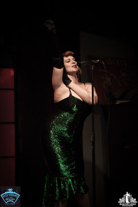 Toronto Burlesque Photographer | Burlesque Photography | Bianca Boom Boom