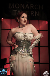 Toronto Burlesque Photographer | Burlesque Photography | Mina LaFleur