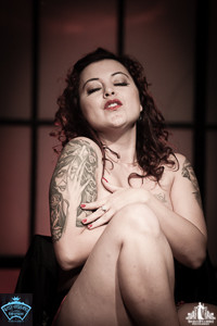 Toronto Burlesque Photographer | Burlesque Photography | Mz Kitty DeMure