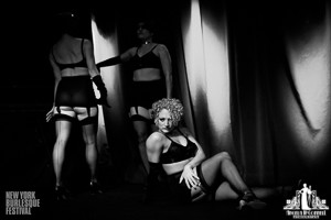 Toronto Burlesque Photographer | Burlesque Photography | New York Burlesque Festival | Peekaboo Revue