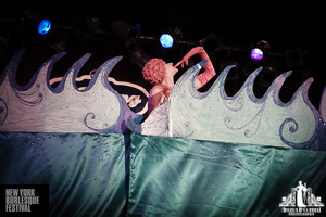 Toronto Burlesque Photographer | Burlesque Photography | New York Burlesque Festival | BB Heart