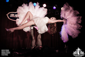 Toronto Burlesque Photographer | Burlesque Photography | New York Burlesque Festival