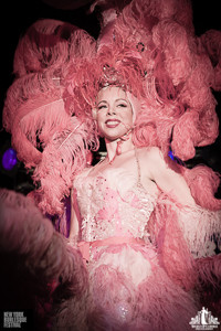 Toronto Burlesque Photographer | Burlesque Photography | New York Burlesque Festival | Imogen Kelly