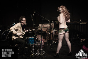 Toronto Burlesque Photographer | Burlesque Photography | New York Burlesque Festival | Rosie 151