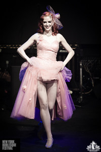 Toronto Burlesque Photographer | Burlesque Photography | New York Burlesque Festival | Bettina May