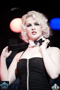 Toronto Burlesque Photographer | Burlesque Photography | Charlie Quinn