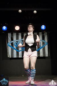 Toronto Burlesque Photographer | Burlesque Photography | Dominique Rabideau
