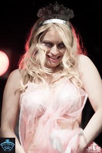 Toronto Burlesque Photographer | Burlesque Photography | Reveal Me | Melody Merlot