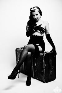Toronto Burlesque Photographer | Burlesque Photography | Lux St Sin