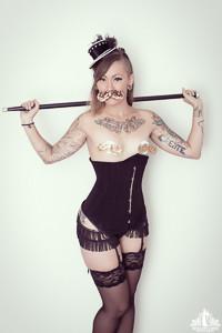 Toronto Burlesque Photographer | Burlesque Photography | Kensie Vicious