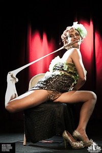 Toronto Burlesque Photographer | Burlesque Photography | New York Burlesque Festival | Dixie Ramone